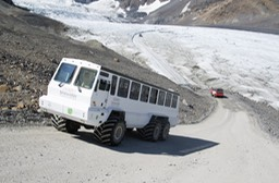 Athabasca Glacier tour vechicle